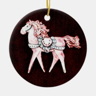 あずき色のギフトのピンクの敏感な馬 セラミックオーナメント