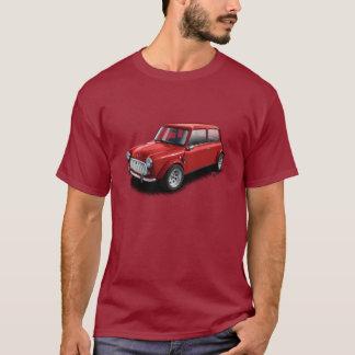 あずき色のクラシックな小型車のTシャツの赤 Tシャツ
