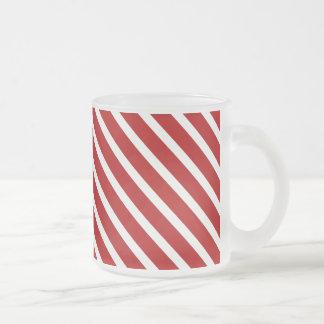 あずき色の対角線のストライプによって曇らされるマグ フロストグラスマグカップ