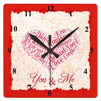 あなたおよび私ロマンチックなWordcloudのハートのタイポグラフィ スクエア壁時計