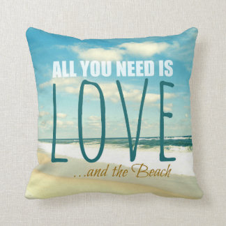 あなたが必要とするのは愛およびビーチの枕だけです クッション