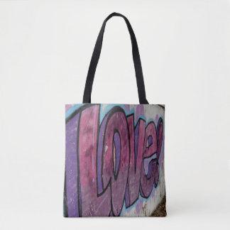 あなたが必要とするのは愛トートだけです トートバッグ