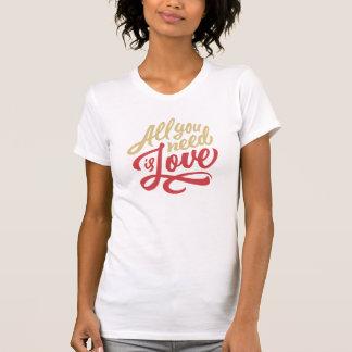 あなたが必要とするのは愛ワイシャツだけです Tシャツ