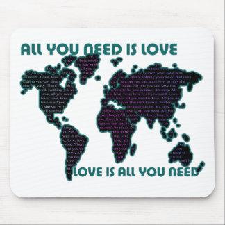 あなたが必要とするBeatlesの世界はすべて愛です マウスパッド