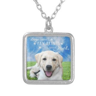 あなたのハートの犬の許可の足のプリント シルバープレートネックレス