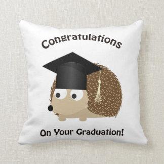 あなたの卒業のハリネズミのお祝い クッション