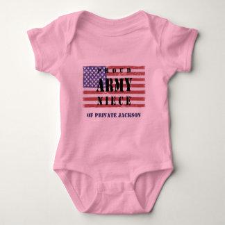 あなたの叔父さんのワイシャツを加えて下さいName Proud Army Nieceの ベビーボディスーツ