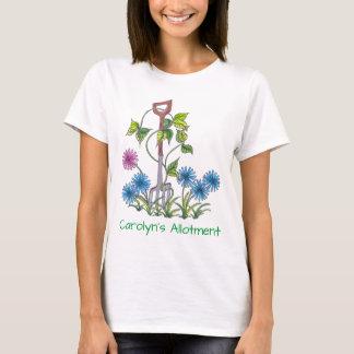 あなたの名前および文字が付いているフォークそして花 Tシャツ