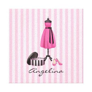 あなたの名前のオートクチュールのピンクの服-キャンバス キャンバスプリント