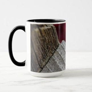 あなたの夢のコーヒー・マグを後を追って下さい: 女性を使ってBug マグカップ