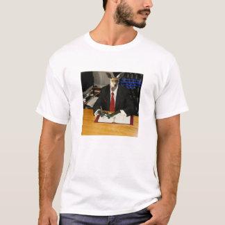 あなたの弁護士がカンガルーである時 Tシャツ