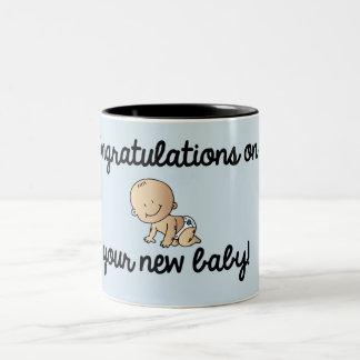 あなたの新生児の男の子のお祝い ツートーンマグカップ