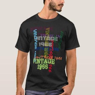 あなたの日付のタイポグラフィの誕生日を加えて下さい Tシャツ