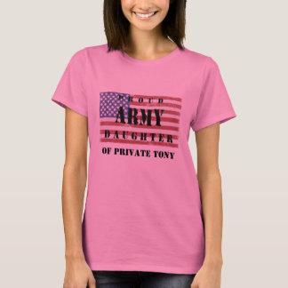 あなたの親の一流の誇りを持ったな軍隊の娘のワイシャツを加えて下さい Tシャツ