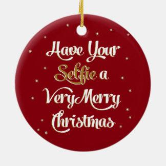 """あなたの""""Selfie""""のメリークリスマスのオーナメントの赤を持って下さい セラミックオーナメント"""