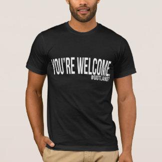 """""""あなたは歓迎""""の黒いアメリカの服装の人のティー Tシャツ"""