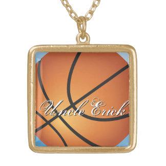あなた自身のカスタムなモノグラムのバスケットボールを作成して下さい ゴールドプレートネックレス