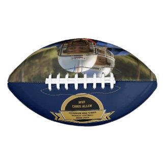 あなた自身の写真が付いているフットボールのスポーツ賞 アメリカンフットボール
