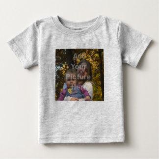 あなた自身の写真のベビーのTシャツを加えて下さい ベビーTシャツ