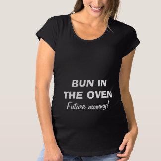 あるお母さんのためのオーブンのマタニティシャツのパン マタニティTシャツ
