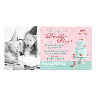 いちごのケーキの招待状の写真カード カード