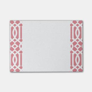 いちごのピンクおよび白くモダンな格子垣パターン ポストイット
