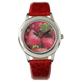 いちごの背景 腕時計