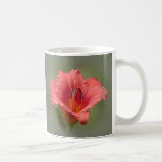 いちごの花びら-ワスレグサ コーヒーマグカップ