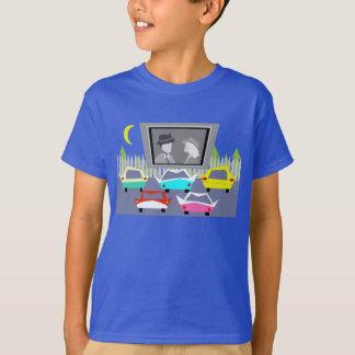 いなか町のドライブ・イン映画Tシャツ Tシャツ