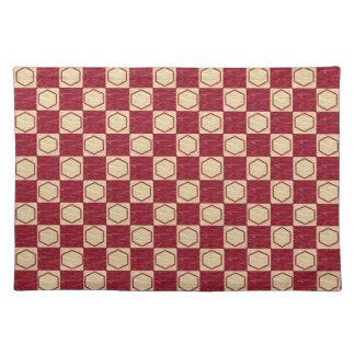 えんじ色およびベージュチェック模様の六角形のランチョンマット ランチョンマット