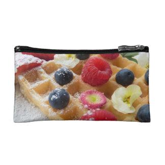 おいしいワッフルのラズベリーのブルーベリーの砂糖の花 コスメティックバッグ