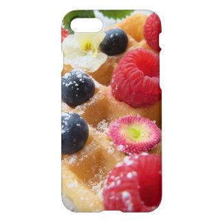 おいしいワッフルのラズベリーのブルーベリーの砂糖の花 iPhone 8/7 ケース