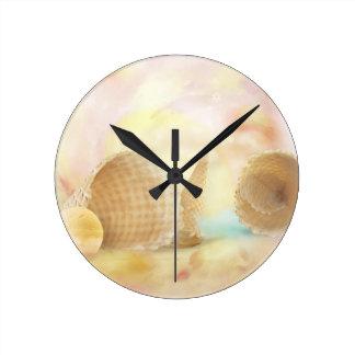 おいしいワッフルの円錐形 ラウンド壁時計