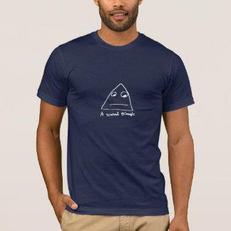 おびえさせていた三角形 Tシャツ