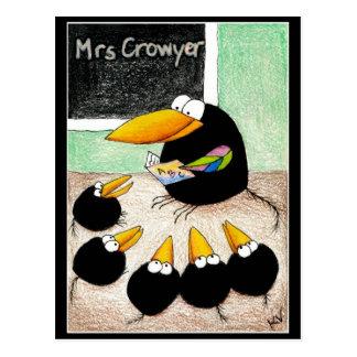 おもしろいでかわいいカラスの先生学生は郵便はがきV2を分類します ポストカード