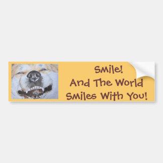 おもしろいでかわいい秋田の微笑の現実主義者犬の芸術 バンパーステッカー