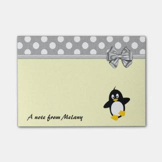おもしろいでかわいくガーリーなペンギンの水玉模様のモノグラム ポスト・イット®ノート