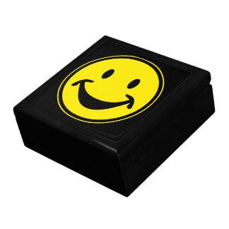 おもしろいでにこやかな黄色 + あなたのbackg。 及びアイディア ギフトボックス