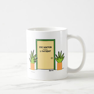 おもしろいでカスタムな検眼医の光学オフィスの漫画 コーヒーマグカップ