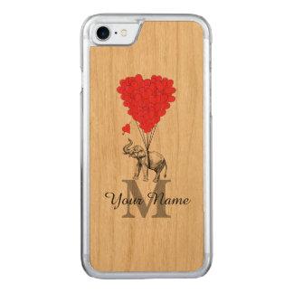 おもしろいでロマンチックな象 CARVED iPhone 8/7 ケース