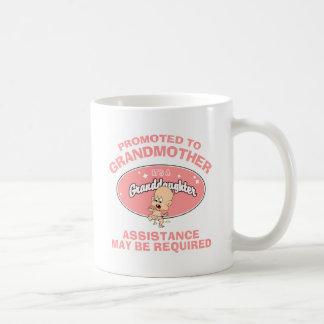 おもしろいで新しい祖母の新しい孫娘 コーヒーマグカップ