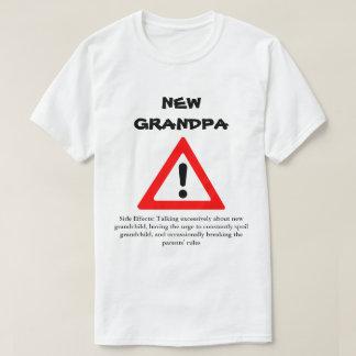 おもしろいで新しい祖父のワイシャツ Tシャツ