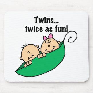 おもしろいとして二度エンドウ豆の鞘の双生児 マウスパッド