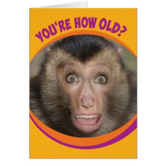 おもしろいなあなたはいかに古いか。 驚かされた猿の誕生日 カード