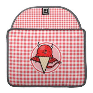 おもしろいなアイスクリームの悪魔; 赤と白のギンガム MacBook PROスリーブ