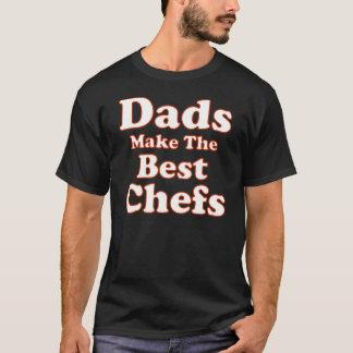おもしろいなシェフのパパのTシャツ Tシャツ