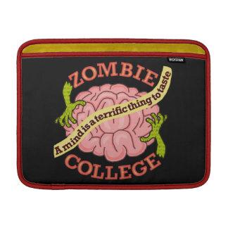 おもしろいなゾンビの大学ロゴ MacBook スリーブ