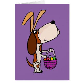 おもしろいなバセットハウンド犬のイースターのウサギ カード