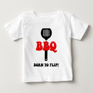おもしろいなバーベキュー ベビーTシャツ