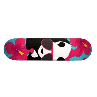 おもしろいなパンダくまのビーチののらくら者のカッコいいのサングラスの熱帯地方 スケートボード
